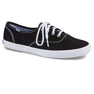 Keds Black White Lace Up Tennis Shoes